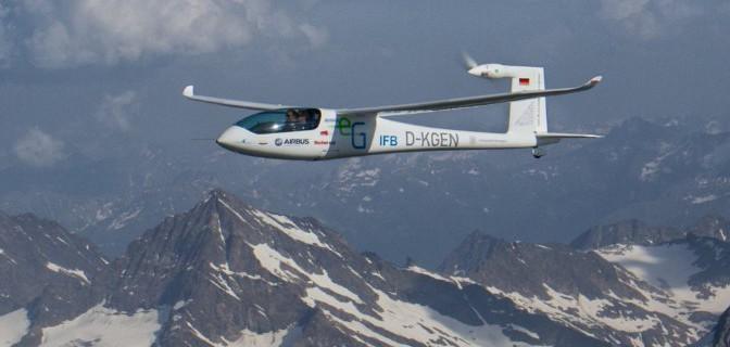 Von Stuttgart nach Italien: Batterie-Flugzeug überquert erstmals die Alpen